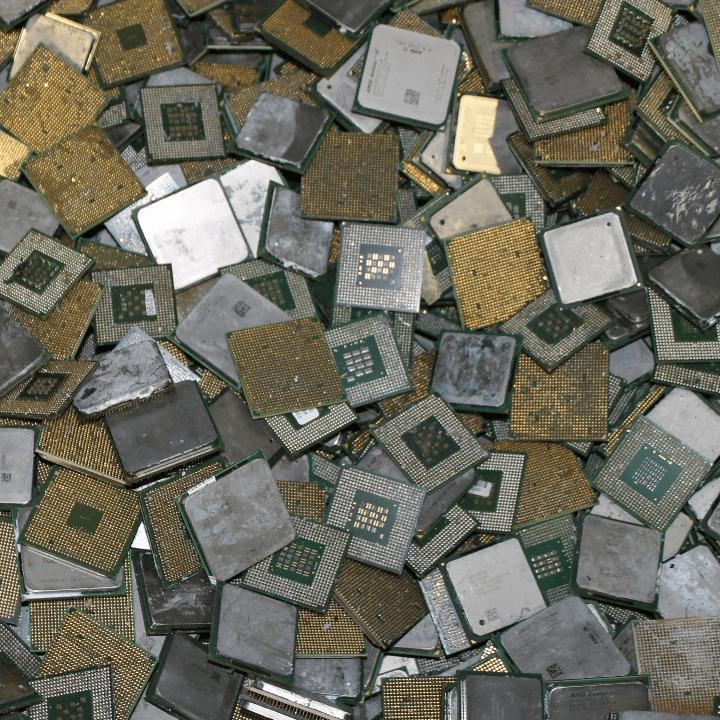 Kunststoff_m_pins.jpg